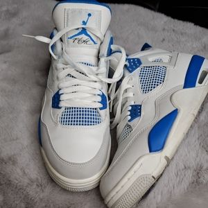 Military blue 4s